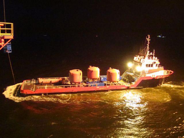 V-1070-on-deck